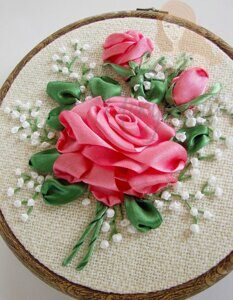 80bcb200d417a4c46a83a0ec70c409ac--hand-embroidery-flowers-silk-ribbon-embroidery